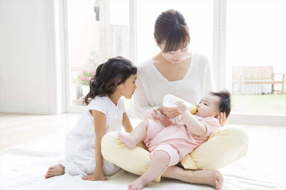 母乳と粉ミルクに違いはあるの?栄養、免疫、消化 …