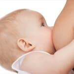 母乳とミルクの違いとは?
