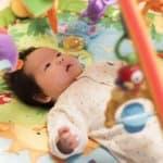赤ちゃんの寝返りはいつから始まる?4つのポイントに注意!