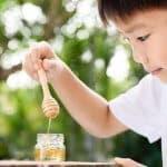 1歳の子にはちみつは危険!?いつから食べさせてもいいの?