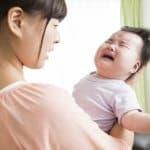 赤ちゃんが哺乳瓶を嫌がったときの9つの対処法