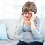 【妊娠中期】頭痛の原因、症状、対処法