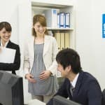 産休育休、妊娠したら必ず確認したい、社内規定のポイント