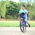 何歳から乗れた方がいい? 子どもの自転車デビューのタイミングと練習方法