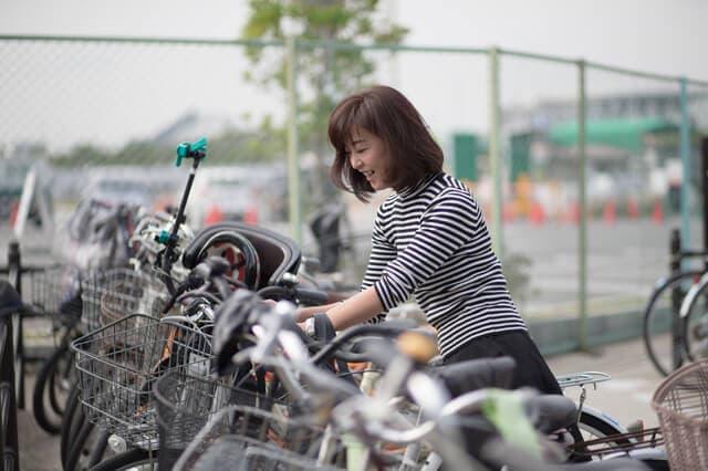 妊婦と自転車