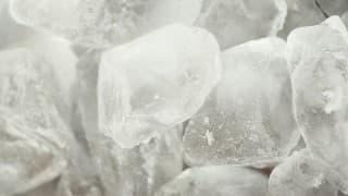 妊婦の貧血と関係あり?無性に氷が食べたくなる氷食症、その症状とは?