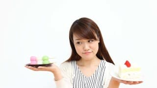 授乳中に甘いものが食べたくなったらは和菓子VSケーキどちらを選ぶべき?