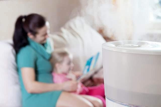 加湿器に使う水は水道水とミネラルウォーターどっちが赤ちゃんにやさしいの?