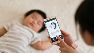 スマホで撮った赤ちゃんの写真を保存・整理できるアプリ9選