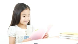 国語力は全ての教科に影響する!?小学生の国語力を高めるオススメの方法