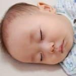 赤ちゃんのまつげはいつから伸びるの?一重や二重まぶたと関係あるの?
