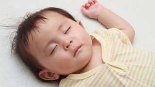 赤ちゃんの睡眠のリズムが安定しない!いつから安定するの?