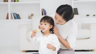 歯ブラシがのどに!幼児の歯磨き中の事故を防ぐために親が注意すること3ヶ条