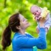 産後に訪れる「産後ハイ」の特徴・原因・予防法まとめ