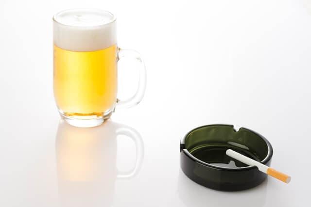 タバコとアルコール