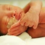 母乳バンクって何?早産で生まれた赤ちゃんを救う一筋の光