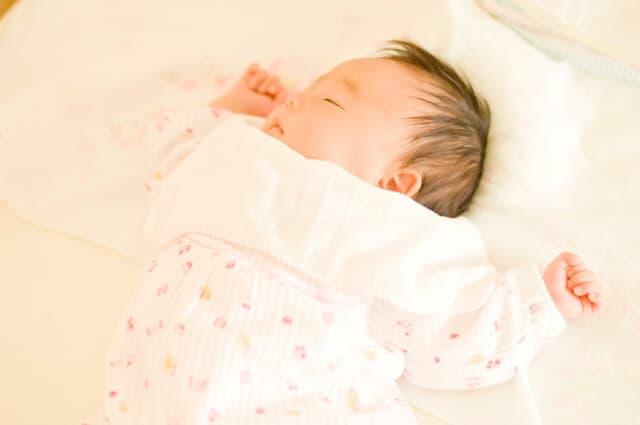 0歳児 新生児 赤ちゃん