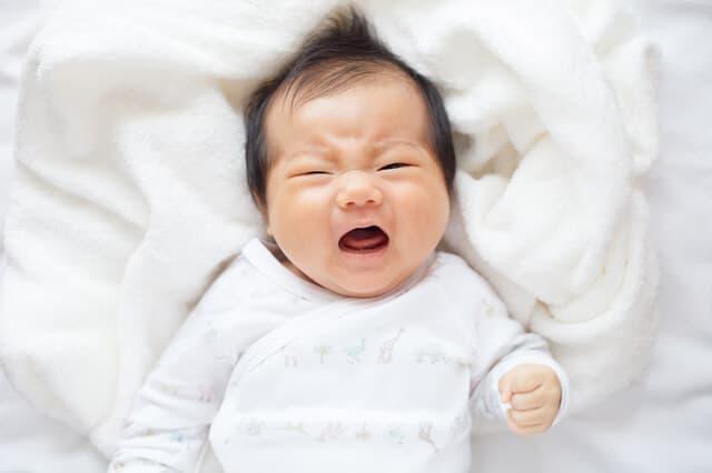 怒っている赤ちゃん