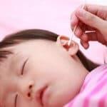 赤ちゃんの耳そうじのやり方を徹底解説!耳鼻科に行く必要はないの?