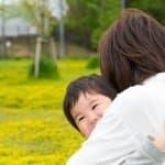 子どもが母親と離れると極度の不安になる「母子分離不安」とは?