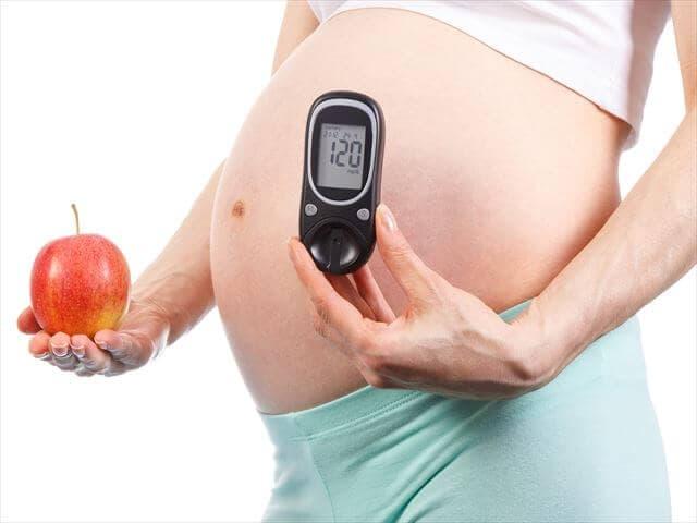 りんごと妊婦