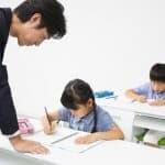 【昨今の塾弁当事情】塾でおなかをすかした小学生