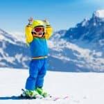 子どもと一緒にスキーをしたい!子どもが滑れるようになるスキーの教え方