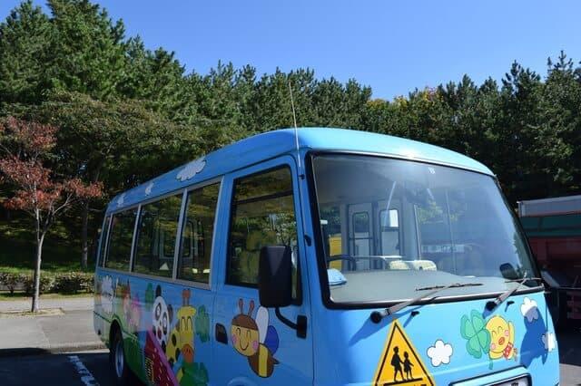 保育園のバス
