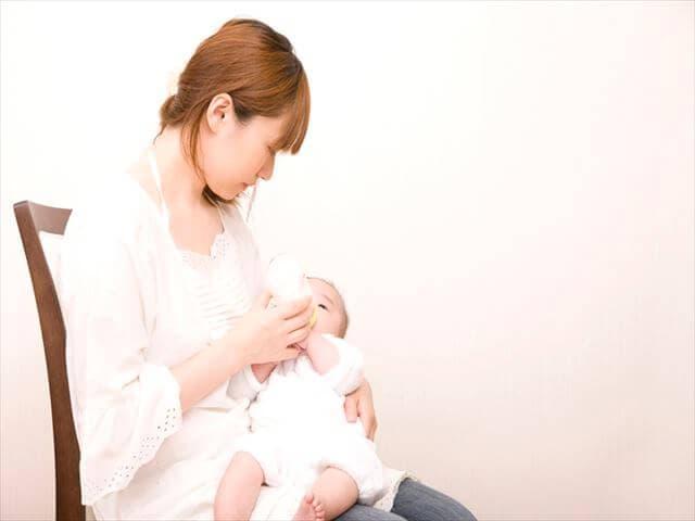 母乳の飲みやすい位置