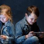 【子どもが危険】スマホで悪影響な動画を見せるエルサゲート問題とは?