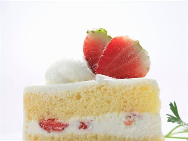乳不使用のケーキ