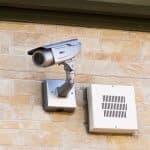 子どもを守ろう!進化する家庭用防犯カメラ