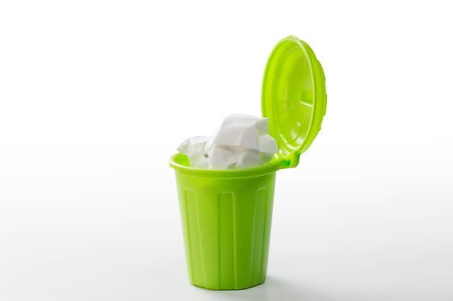 緑のごみ箱