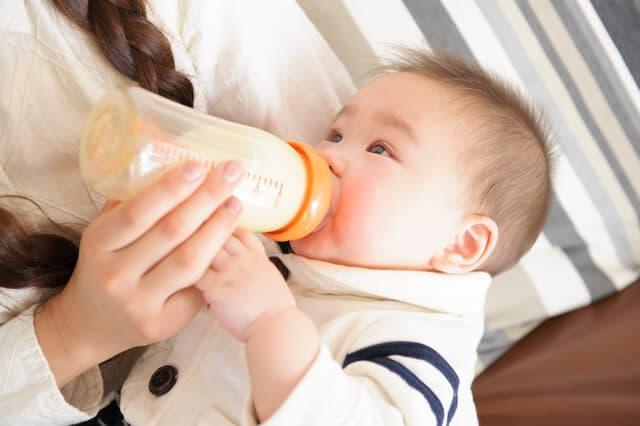 赤ちゃんの髪の毛とミルクの関係