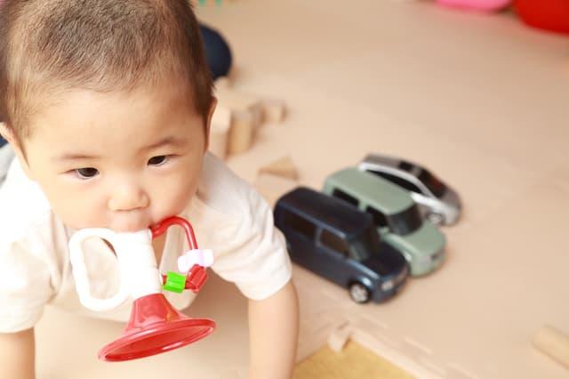 赤ちゃんと楽器