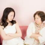 実親との同居もストレスがたまる!同居の前に考えておくこと