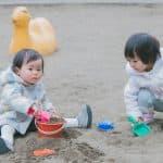 あると楽しい!砂場遊びに必要な道具七つ