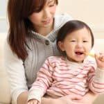 子どもに歯磨き粉はいつから使えるの?使い始めるタイミングと選び方
