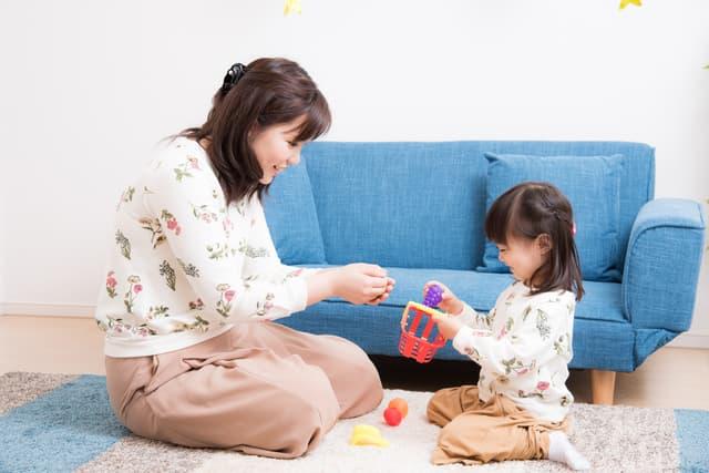 2歳児と遊ぶ