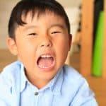 うちの子どもはすぐキレる…キレやすい子どもになる要因とは?
