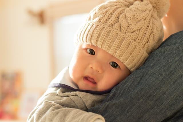 赤ちゃんのニット帽
