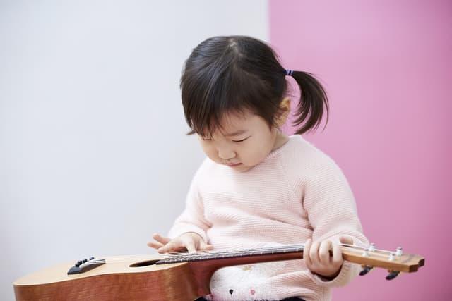 子どもの弦楽器