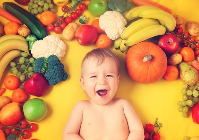 赤ちゃんと野菜
