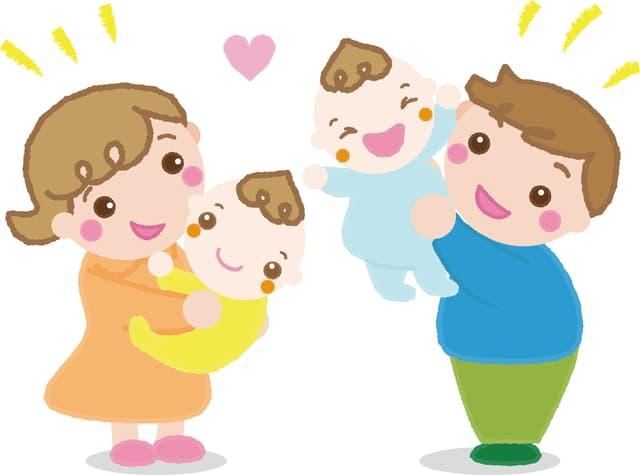 出産を喜ぶ