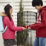 【小学生バレンタイン】男の子ママを困惑させない本命チョコの渡し方
