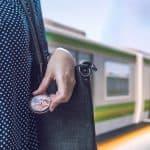 毎日大変!妊娠中の電車通勤を少しでも楽にする方法は?