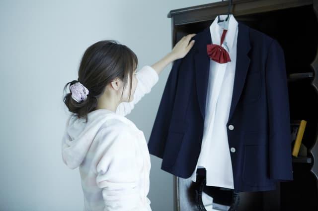 制服が欲しい