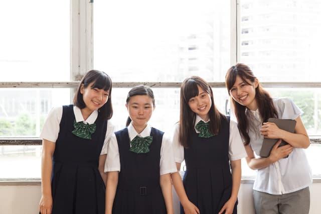 学校の友達と先生