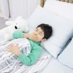 子どもが布団に嘔吐…!布団や枕はどうやってきれいにしたらよい?