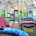 子連れでバス移動、ベビーカーの転倒には要注意!